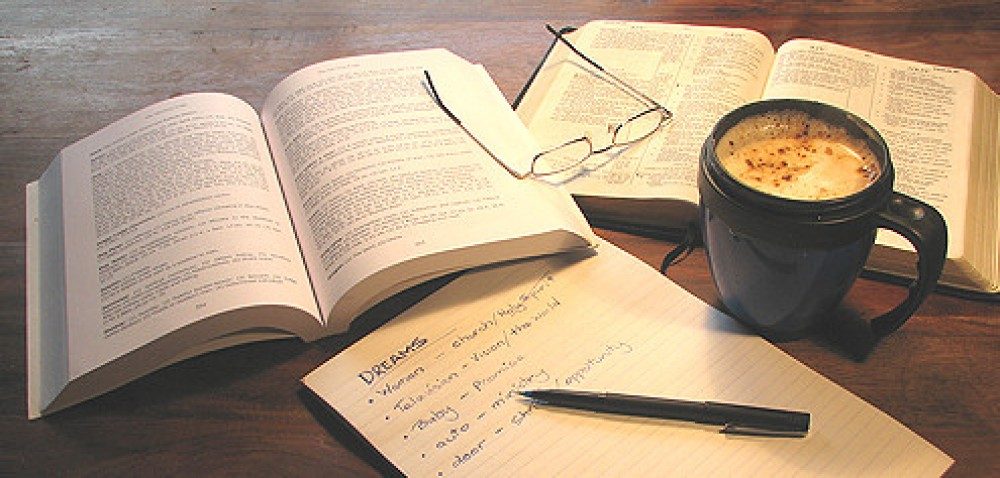 cropped-bookcoffee